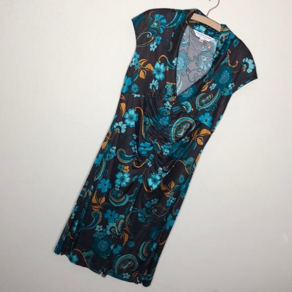 Trina Turk Dresses & Skirts - Trina Turk brown/turquoise V-neck floral dress 10